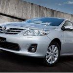 Toyota Corolla 2012 é lançado por R$ 63.570