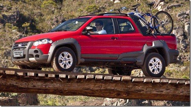 Fiat Strada Cabine Dupla terá câmbio Dualogic em breve