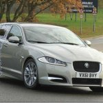 Jaguar XF Sportbreak começa a dar as caras