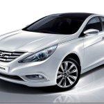 Hyundai Sonata segue caminho inverso e está mais barato