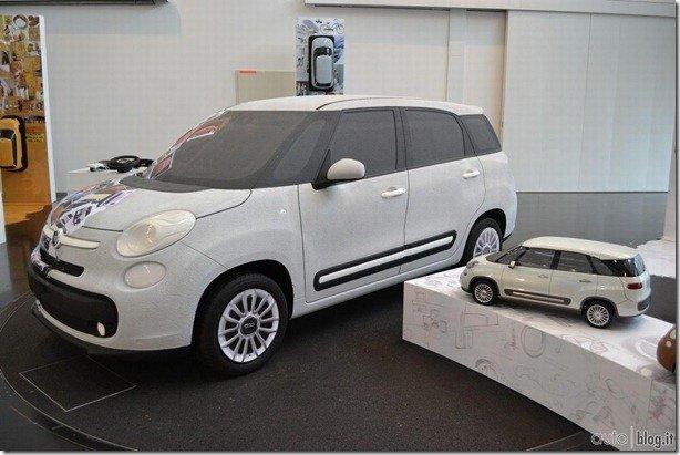 Imagem mostra como será o Fiat 500L para sete passageiros