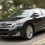 Toyota apresenta o Venza 2013