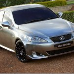 Lexus inicia suas operações no Brasil em junho