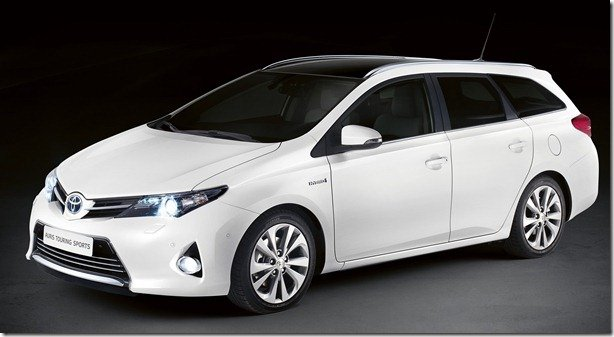 Toyota revela o Auris Touring Sports