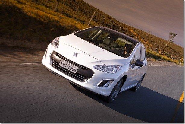 Peugeot 308 turbo parte de R$ 73.990