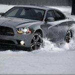 Dodge apresenta Charger AWD Sport