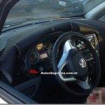 """Flagra dos """"novíssimos"""" interior e para-choque do Fiat Idea"""