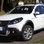Renault Sandero ganha linha 2014