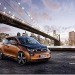 BMW finalmente apresenta o i3