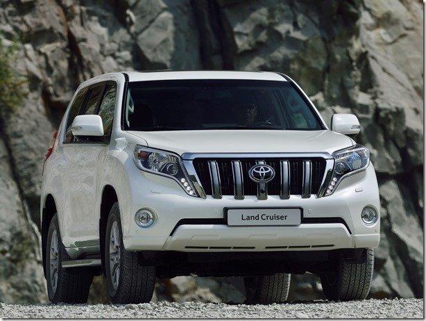 Toyota Land Cruiser estreia novo visual