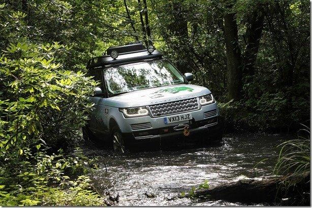 Land Rover anuncia seus dois Range Rover híbridos, e um desafio