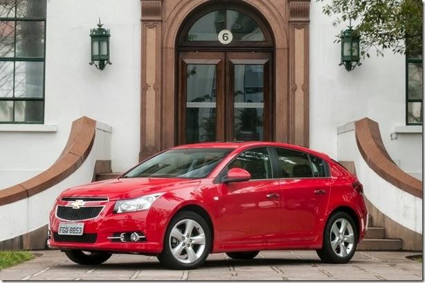 Linha 2014 do Chevrolet Cruze ganha MyLink com reconhecimento de voz
