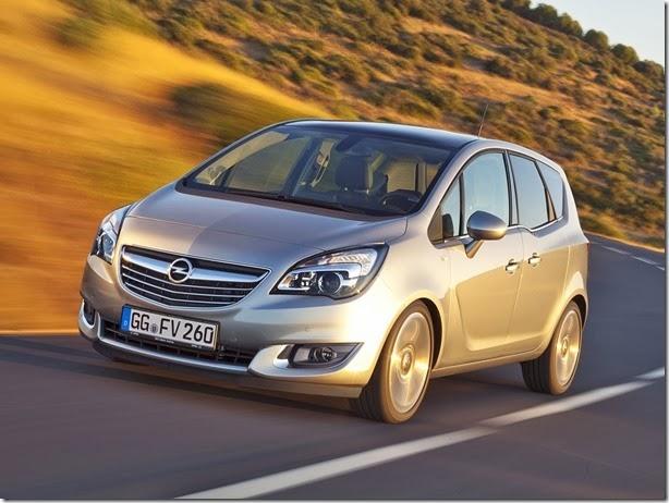 Opel Meriva estreia novos motores e tem visual atualizado