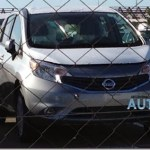 Nissan Note é flagrado na Argentina