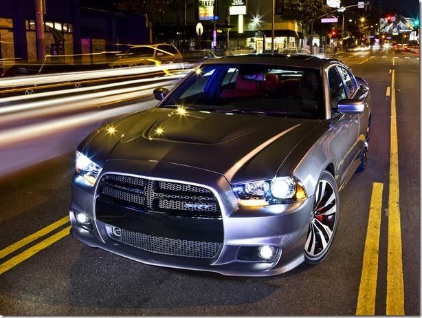 Dodge Charger e Challenger devem chegar ao Brasil ainda em 2014