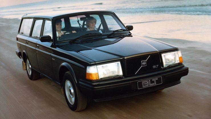 volvo_245_glt_uk-spec_2