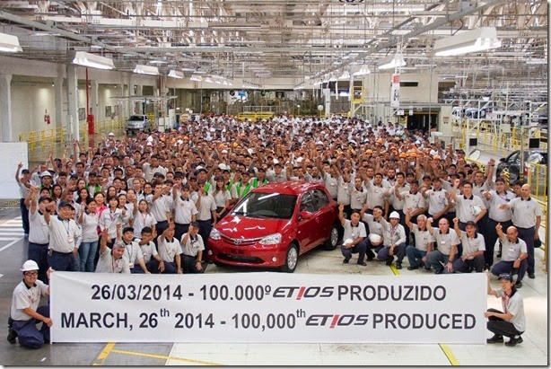 Fábrica nacional da Toyota chega a 100 mil Etios produzidos