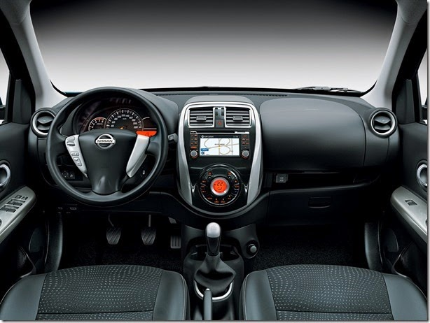 Nissan anuncia pré-estreia do New March em Congonhas e mostra painel da versão top