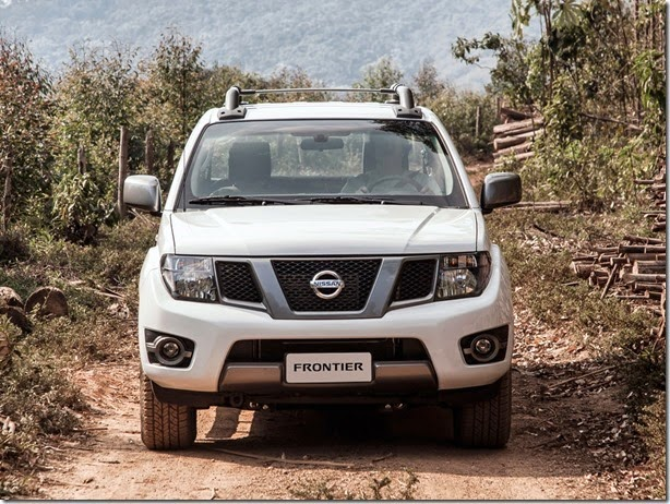 Nova geração do Nissan Frontier será lançada em 2015