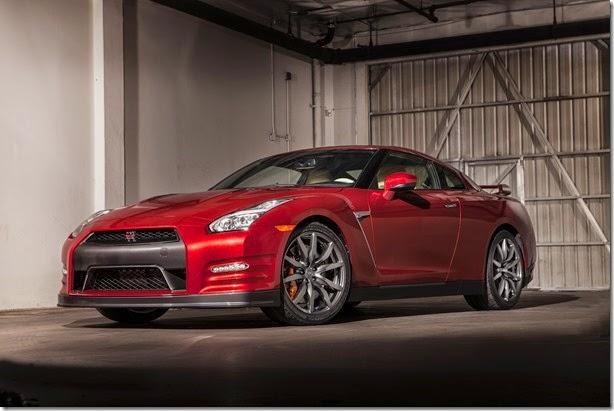 Nissan confirma presença do GT-R no Salão deste ano
