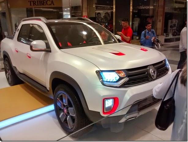 Renault mostra Oroch em shopping ainda como conceito