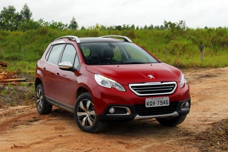 Peugeot trabalha para oferecer 2008 THP com câmbio automático