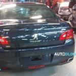 Peugeot 308 e 408 reestilizados são flagrados sem camuflagem na Argentina