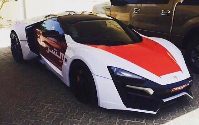 Nova viatura da polícia de Abu Dhabi custa R$ 10,7 milhões