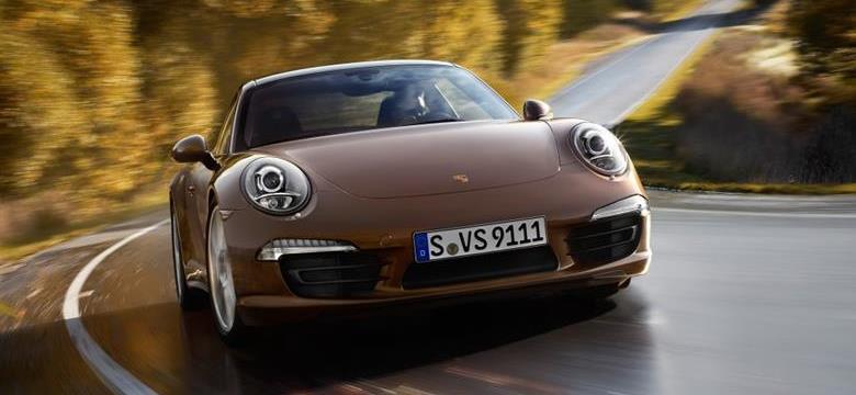 Porsche 911 terá versão híbrida em 2018