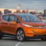 Chevrolet vai mudar o nome do compacto elétrico Bolt