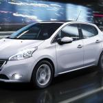 Peugeot 208 2016 fica mais equipado e mantém preços