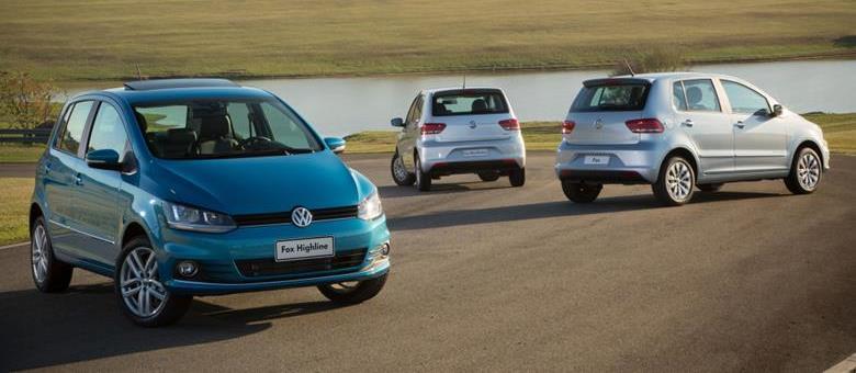 """Volkswagen Fox 2016 destaca nova central multimídia """"três em um"""""""