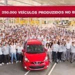 Nissan chega a 250 mil carros fabricados no Brasil