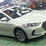 Novo Hyundai Elantra aparece na linha de montagem