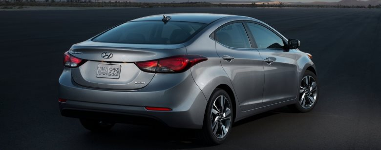 Hyundai Elantra fica mais equipado por R$ 79.990