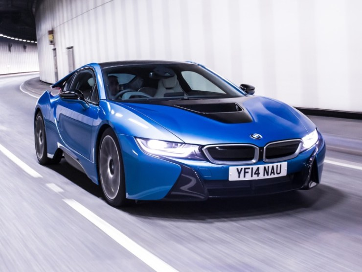 bmw_i8_uk-spec_16