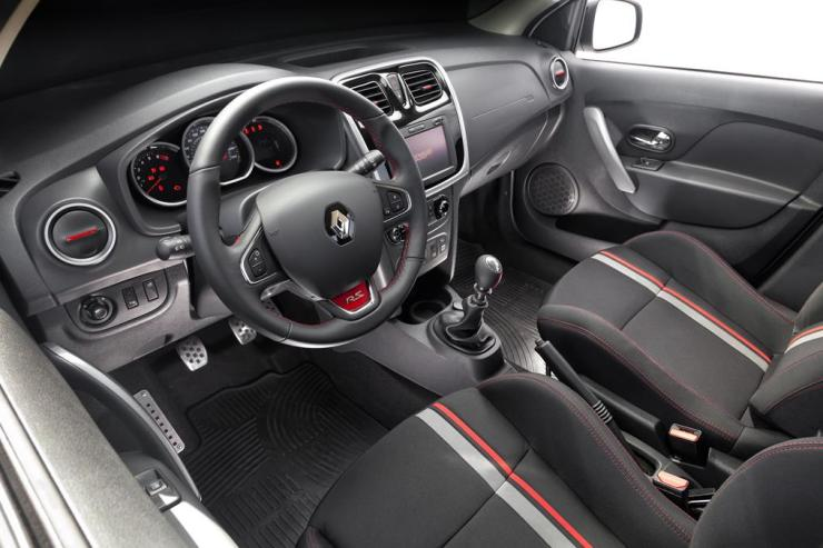 2093_sandero-rs-interior-4