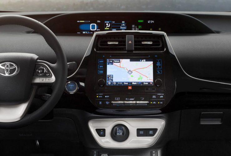 NA-2016-Toyota-Prius-8