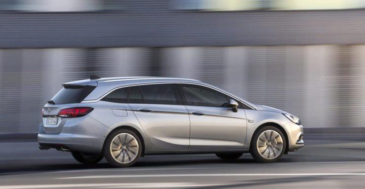 Opel Astra Sports Tourer (5)