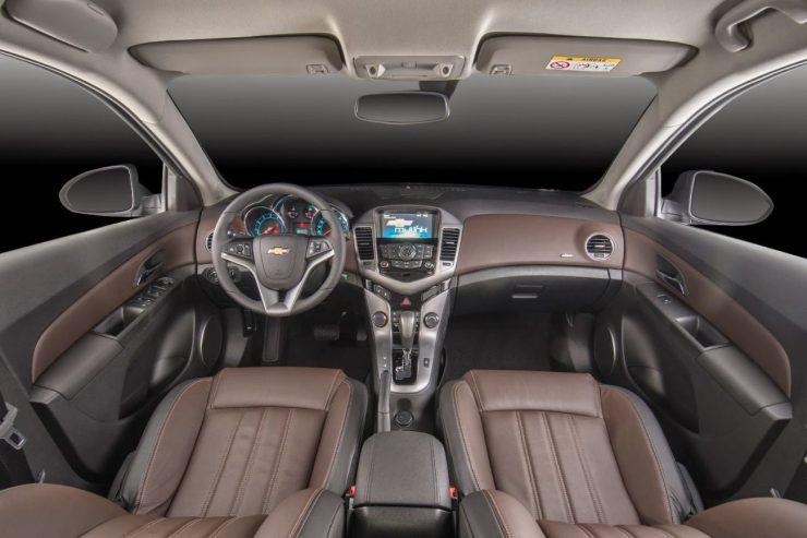 2015-Chevrolet-Cruze-GM-Brazil-028