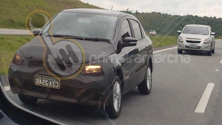 Volkswagen GOL E VOYAGE 2017 (9)