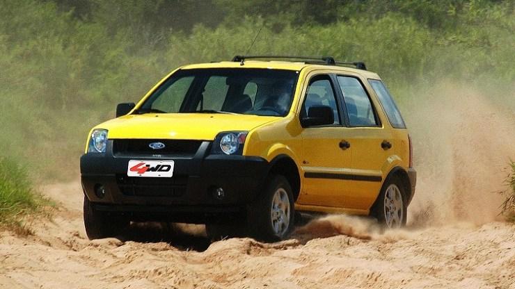 Ford Tatui 03/02/2004 - EcoSport 4WD 2.0 16V no campo de prova de Tatui