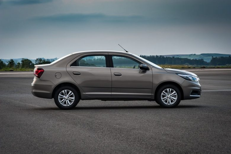Chevrolet Cobalt 2016 é apresentado