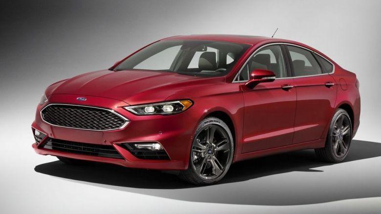 Ford Fusion  estreia novo visual e ganha versão Sport com 330cv