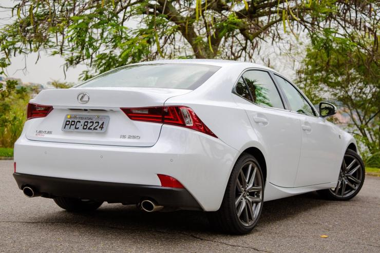 Lexus IS 250 F Sport (9)