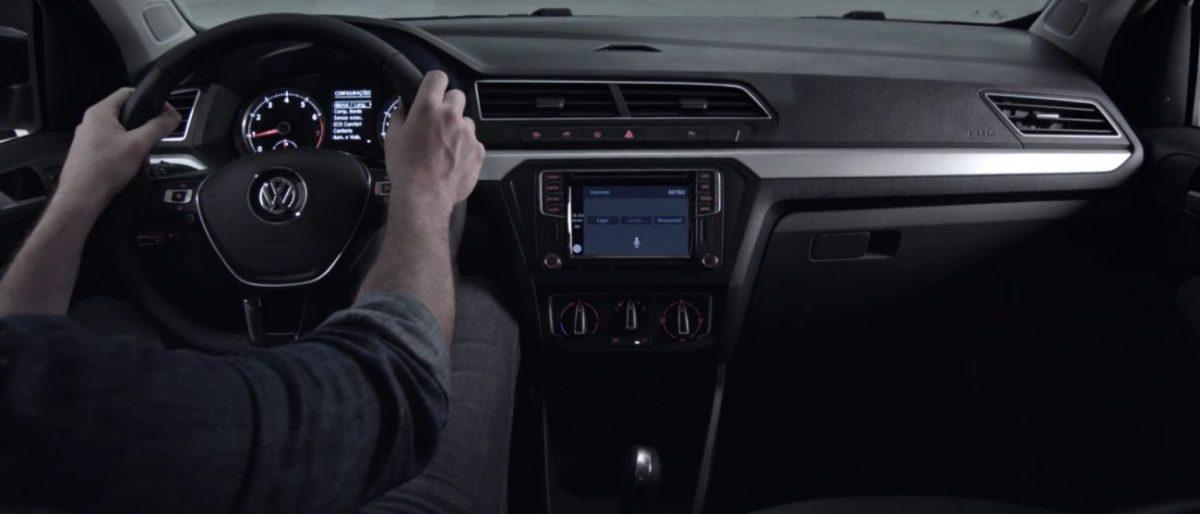 Vídeo mostra mais detalhes do painel do Volkswagen Gol 2017