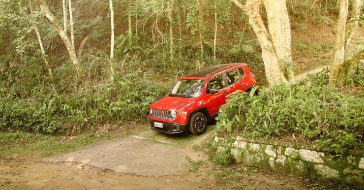 jeep-renegade-sport-2016 (13)