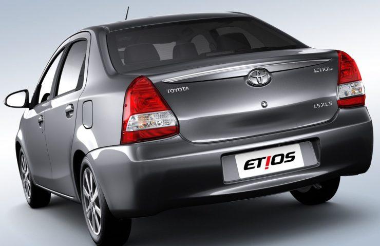 Toyota Etios 2017 (4)