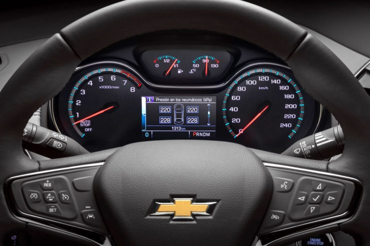 Chevrolet-Cruze-Pantalla