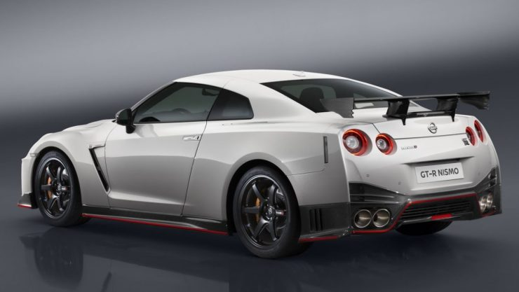 nissan-gtr-nismo-2017-launched-3